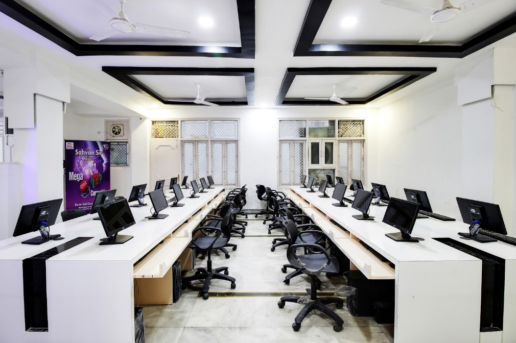 Smart Lab Facility At Global Career Academy
